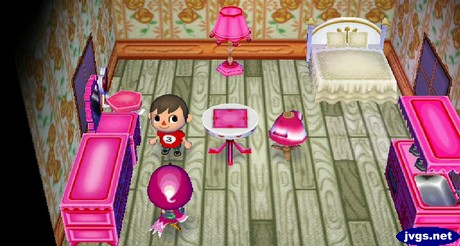Midge's pink and white head matches her pink and white lovely furniture.