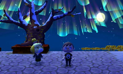 The northern lights in the skies above Forest's town tree and Isabelle.