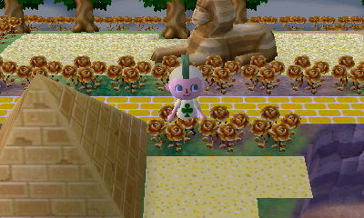 ACNL Sphinx and pyramid